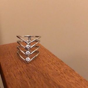 Jewelry - Sterling Silver Sz 7 3-fold Ring
